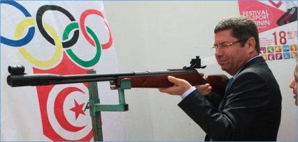 غياب الشفافية المالية وفوضى التسيير الإداري يحاصران اللجنة الوطنية الأولمبية التونسية