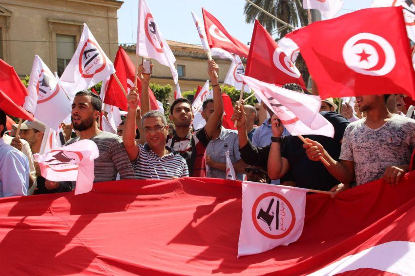 """مسيرة لاسقاط قانون """"المصالحة"""""""